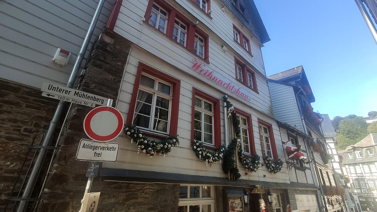 Weihnachtshaus Monschau